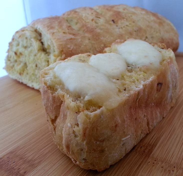 brood met mozzarella